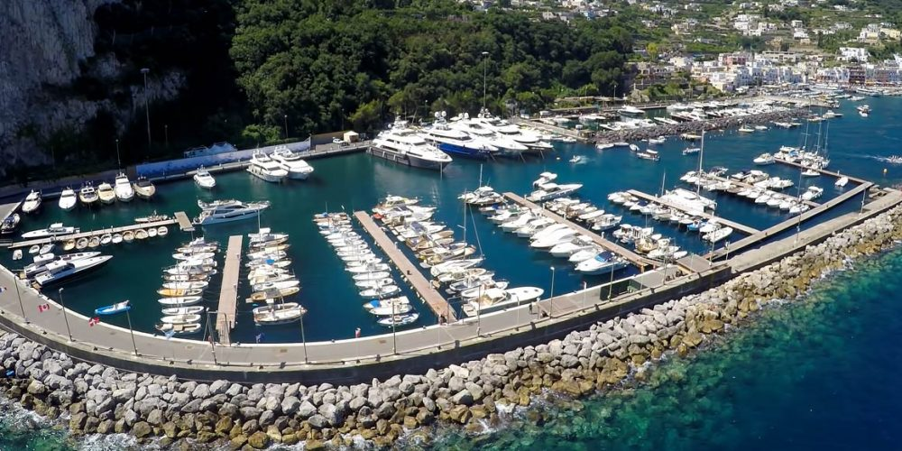 The Port of Capri as the first public-commons partnership