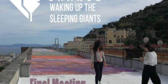 Ostrom in the City of Naples: the case of the sleeping giants